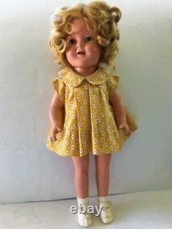 1930s SHIRLEY TEMPLE 16 COMPOSITION DOLL IN RARE NRA TAGGED YELLOW BOLERO DRESS