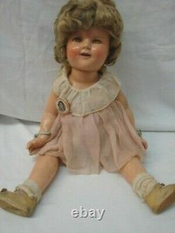 1930s VINTAGE ALL ORIGINAL IDEAL 18 COMPOSITION SHIRLEY TEMPLE DOLL WITH BUTTON