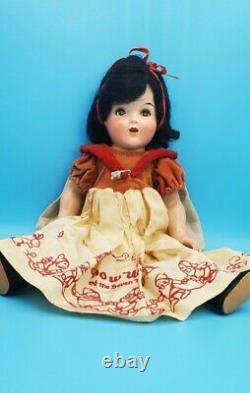 ANTIQUE 1930s WALT DISNEY 18 inch SNOW WHITE COMPOSITION SHIRLEY TEMPLE DOLL