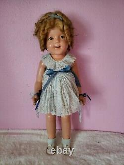 Antique composition Shirley Temple Doll 25