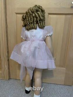 Shirley Temple Playpal Doll 35 Danbury Mint great condition