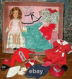 VINTAGE IDEAL 1950's ORIGINAL SHIRLEY TEMPLE 12 LOTS OF CLOTHES TV BOX