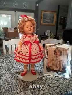 Vintage 1930s shirley temple doll