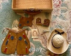 Vintage Ideal 30s Cowgirl Outfit For Composition Shirley Temple WithGun & Hat